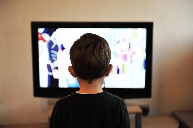 dětství u televize