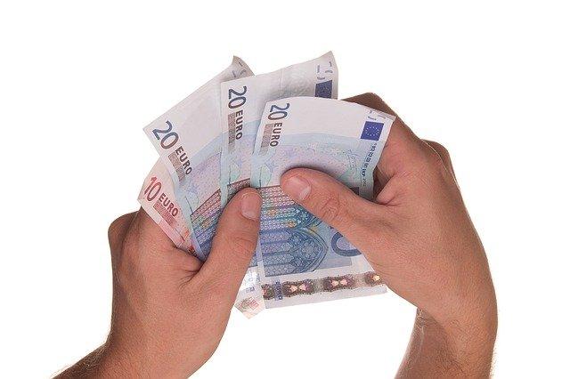eura v hotovosti