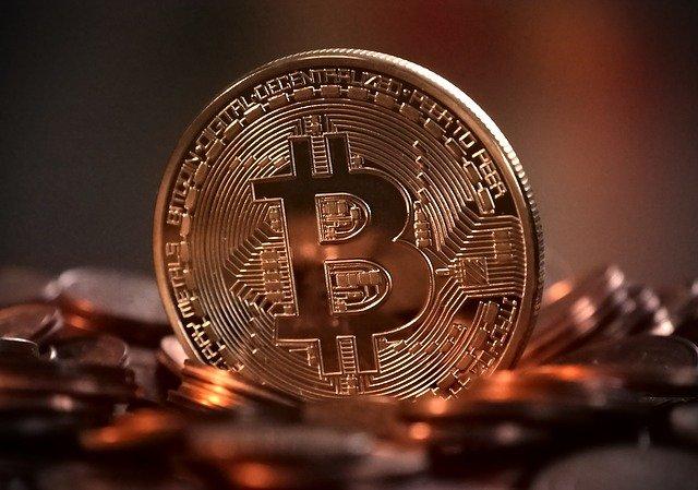 decentralizovaná mince.jpg